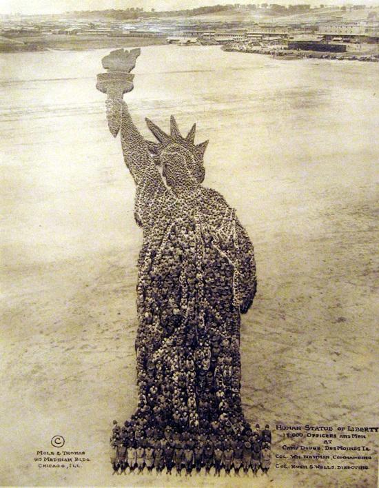 Mph-56-Human-Statue-Of-Liberty