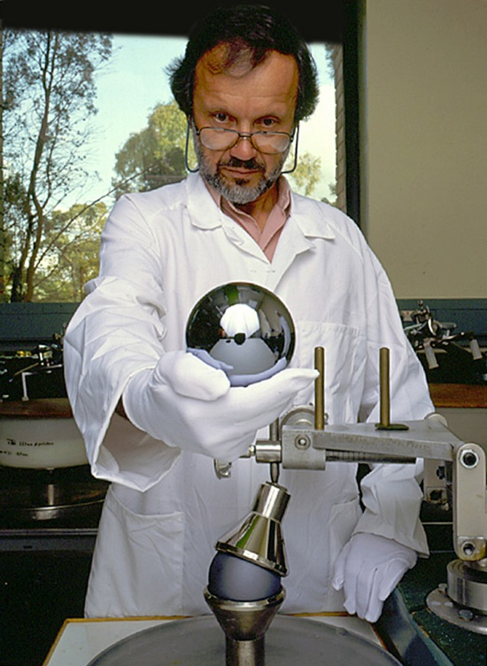 Silicon Sphere For Avogadro Project