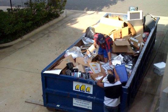 Dumpsterdivers