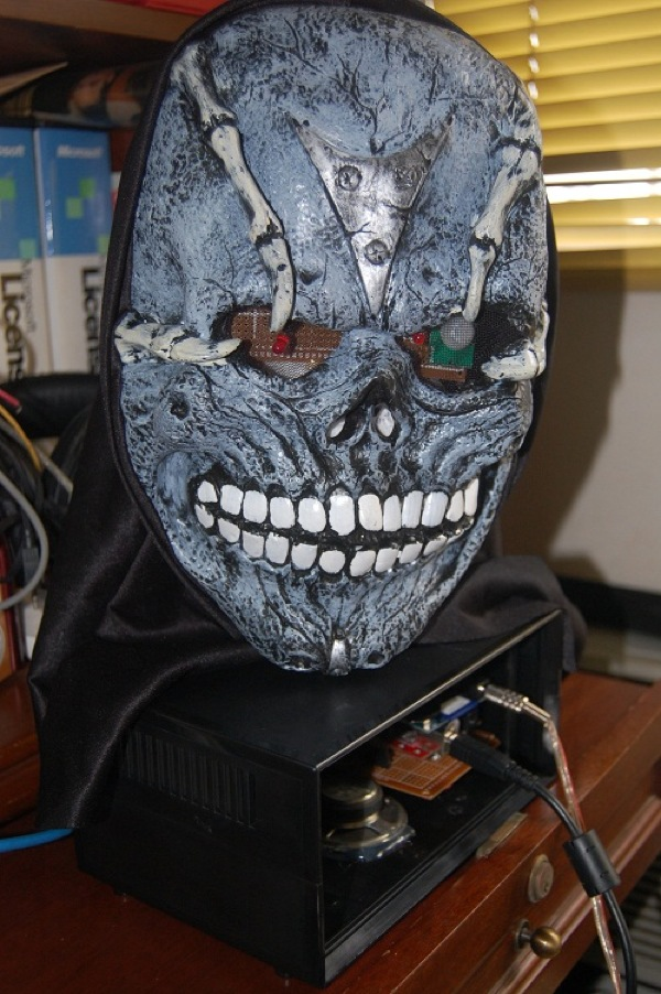 Robotic-Halloween-Mask