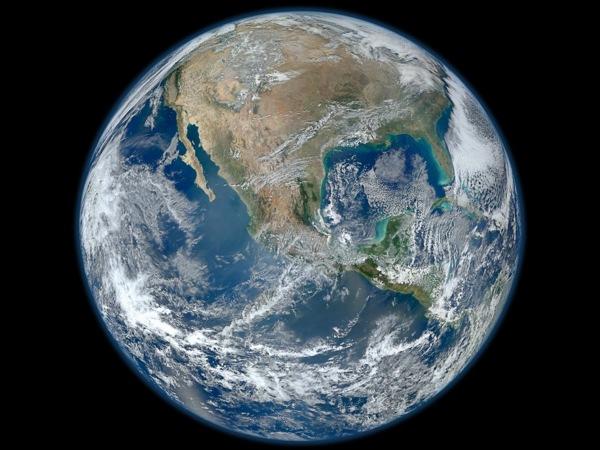 618485Main Earth1600 1600-1200