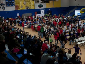 What a crowd! Above, teams compete while other teams are queued.