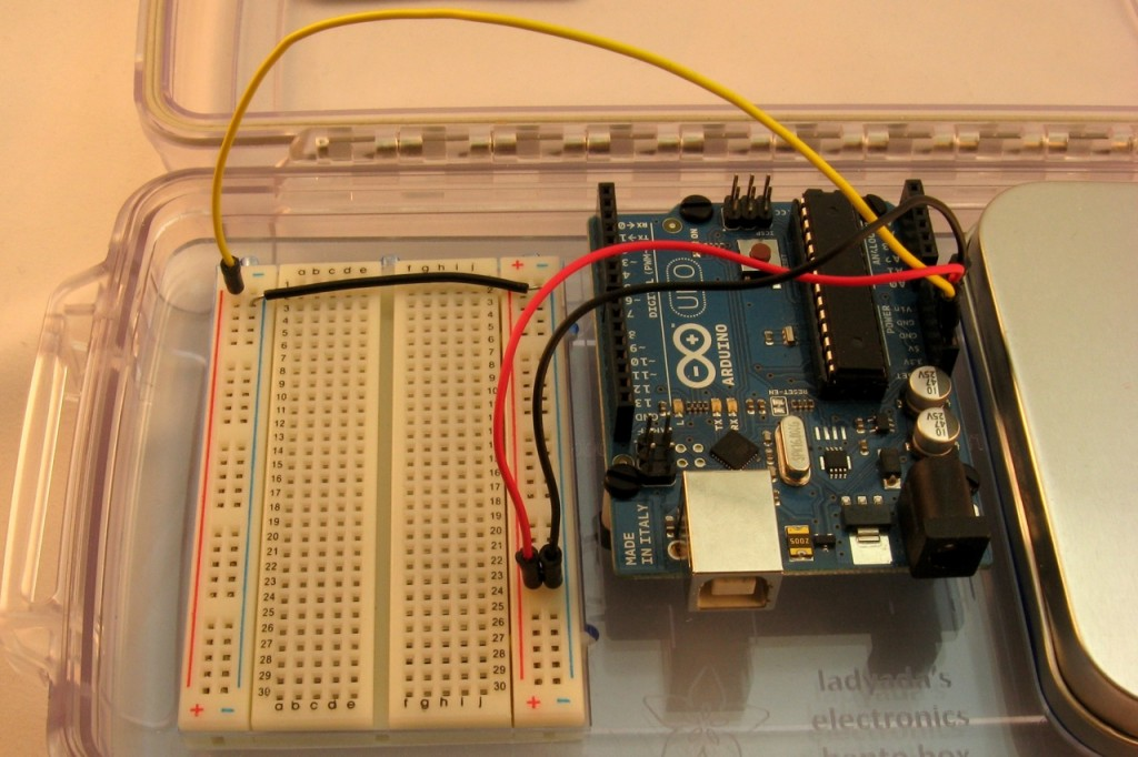 Connecting the breadboard to the Arduino