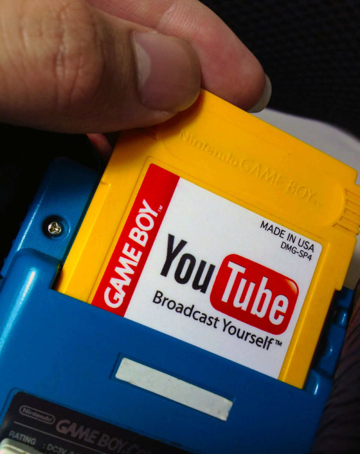 Youtube Gaming L Application Enfin Disponible En France: YouTube, SoundCloud, Skype, And Apple As Game Boy