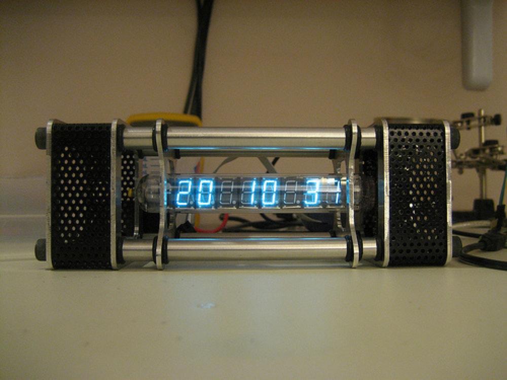 Badness Russian Tube Clock