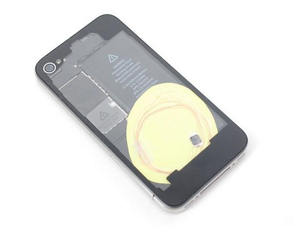 becky-stern-rfid-iphone
