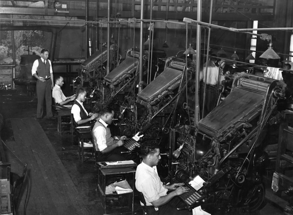 800px-Linotype_operators_of_the_Chicago_Defender