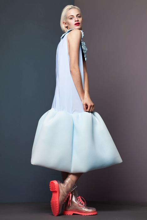 dezeen_RCA-Fashion-Show-2013-Xiao-Li_6