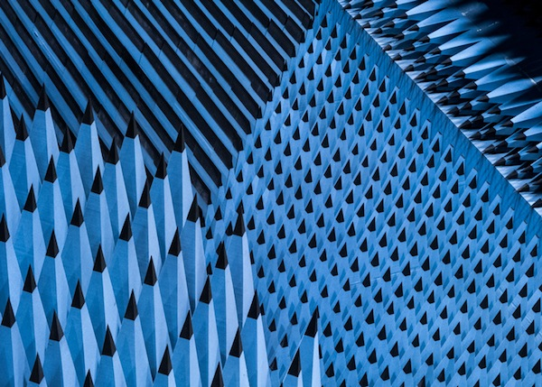 dezeen_SOLAR-ANECHOIC-by-Alastair-Philip-Wiper_ss_6