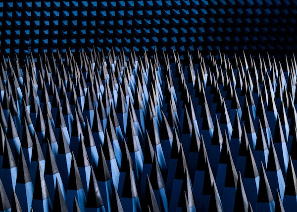 dezeen_SOLAR-ANECHOIC-by-Alastair-Philip-Wiper_ss_7
