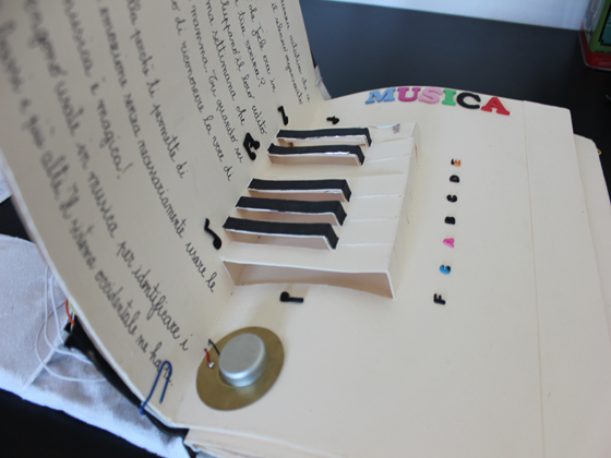 Arduino pop-up book