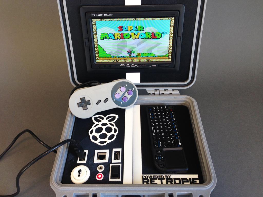 Retro Pie Box Portable Raspberry Pi Emulation Console