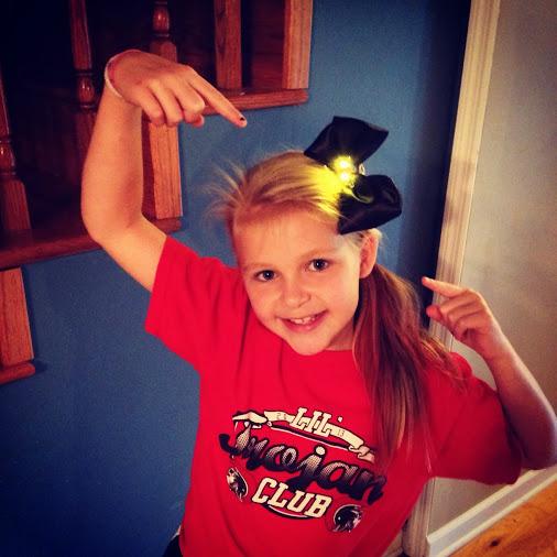 emma-led-hair-bow