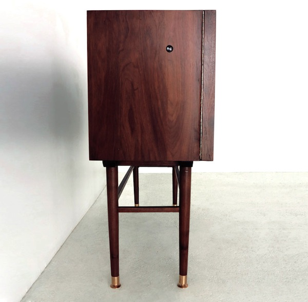 sebastian-errazuriz-kaleidoscope-cabinet-designboom-09