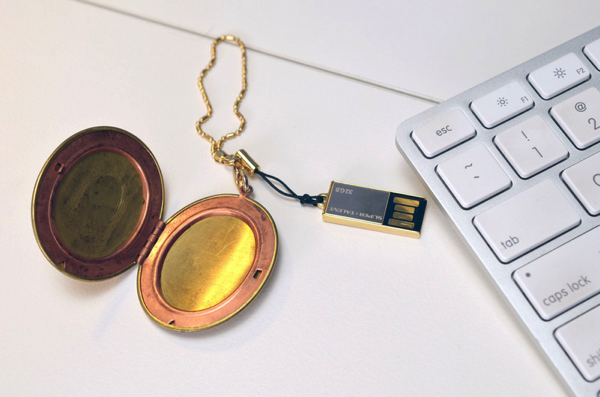 usb-locket-adafruit