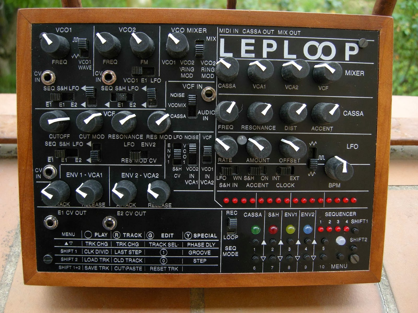 LEPLOOP v2 Synthesizer, Sequencer & Drum Machine « Adafruit
