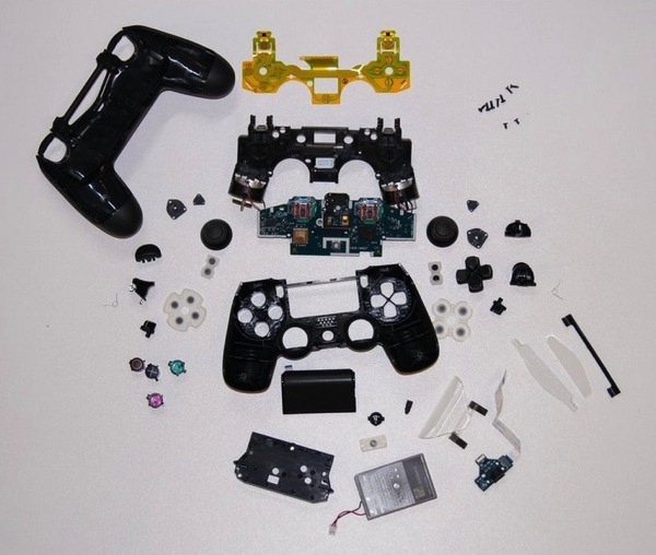 ps3 controller parts diagram with Ps4s Dualshock 4 Controller Teardown on Wiring Diagram For Playstation 2 furthermore How To Play Eso On Mac With A Controller likewise Controles Ps3 Gta5 Coche furthermore Showthread likewise Sony Ps4 Wireless Controller.