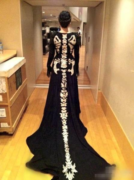 knitskeletondress