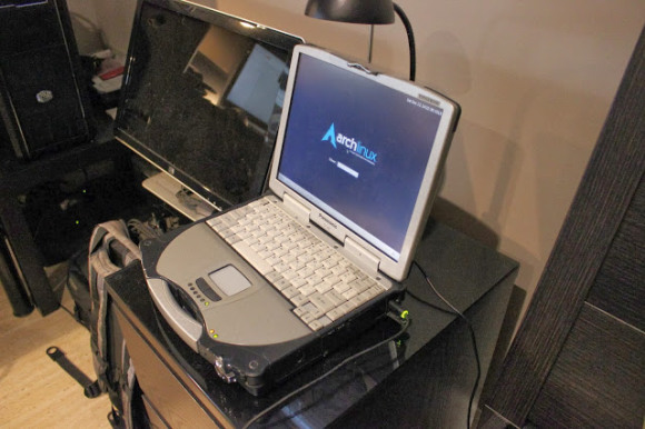 Panasonic toughbook cf 28