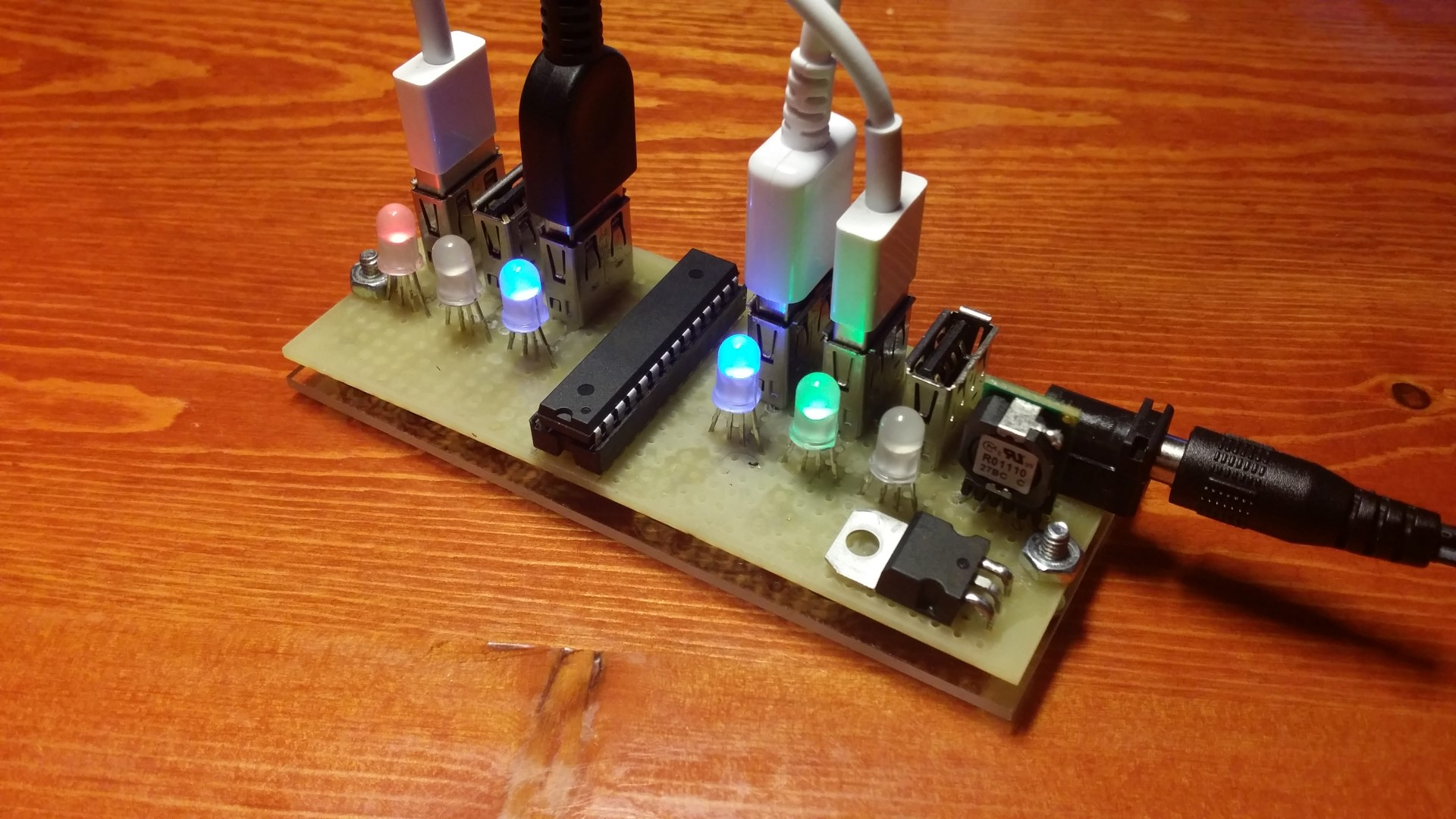 Simple 6X USB Charger with Current Monitor