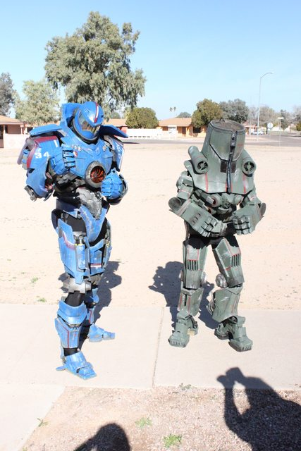 gipsy danger and cherno alpha