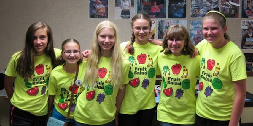 Chi ugc ugc relatedphoto all girl 8th grade robotics team to represen 2014 04 28