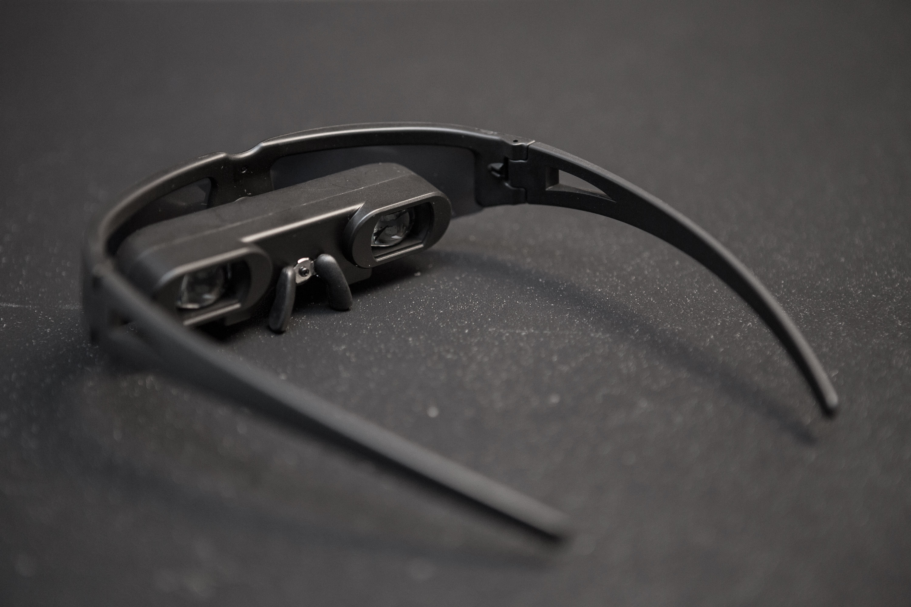 NTSC/PAL Video Glasses