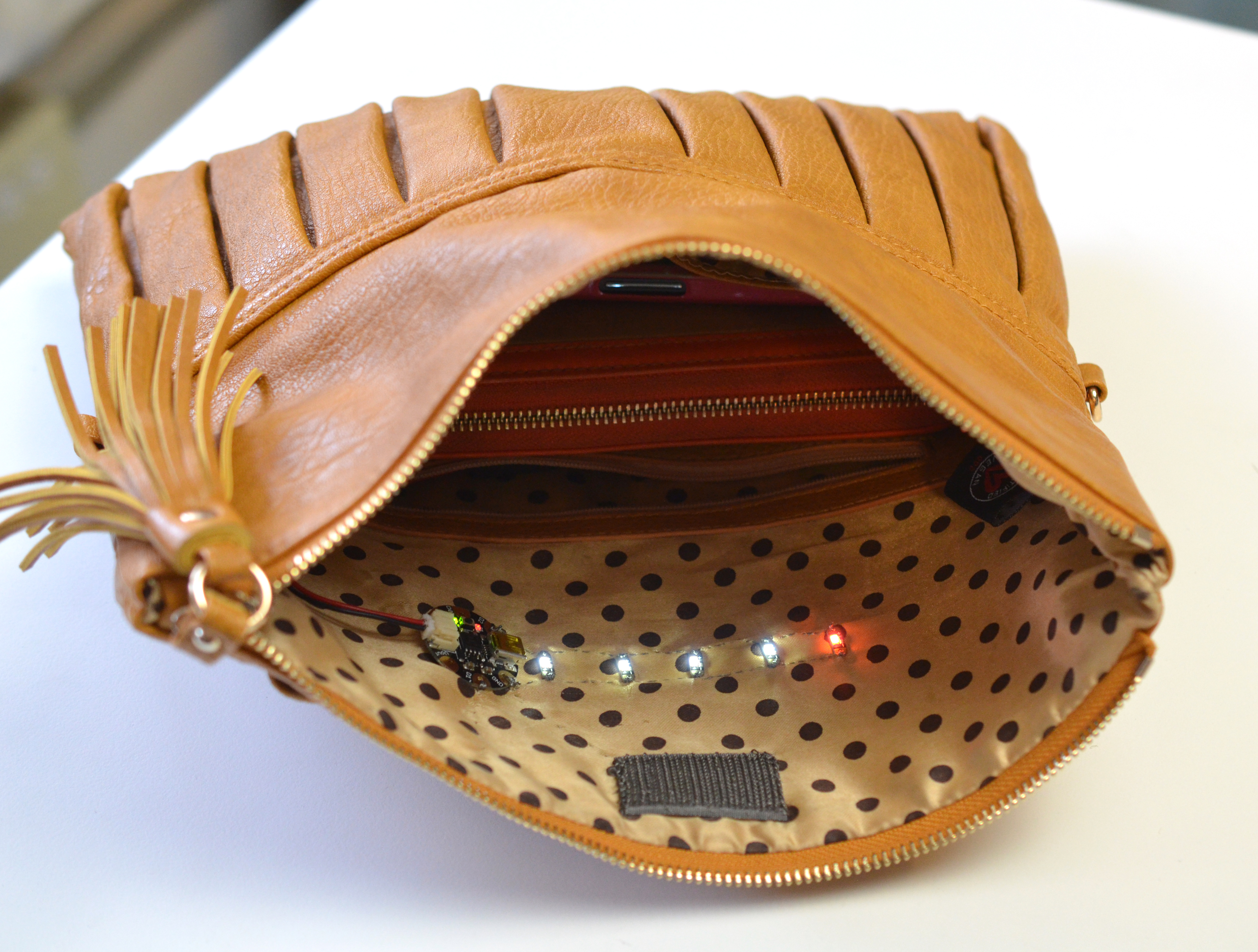 interior-purse-light-19