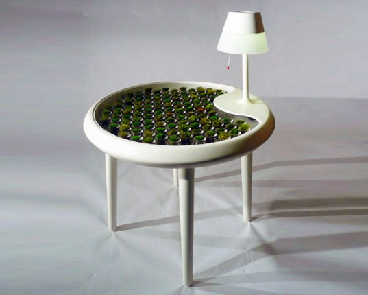 biophotovoltaic-moss-table-537x430