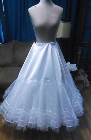 katniss wedding gown 2