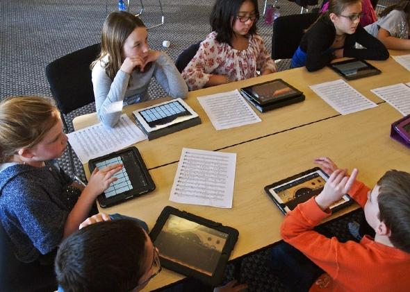 140605 TECH ClassroomTablets jpg CROP promo mediumlarge