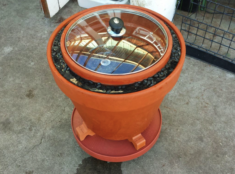 A Practical Zeer Pot evaporative cooler non electrical refrigerator