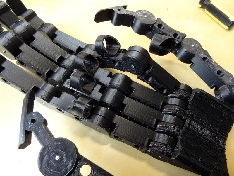 XRobots - James Bruton's 3D Printed Xenomorph Fingers