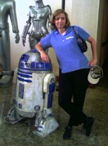 34241 R2D2-And-Helen