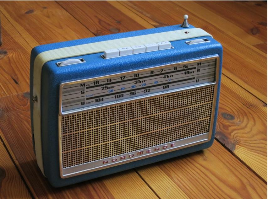 DIY SpotifyDevice Vintage Raspberry Pi Internet Radio Imgur