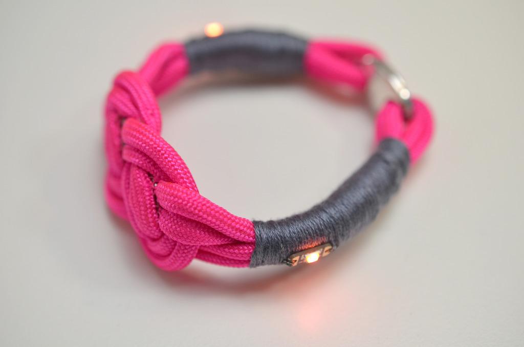 leds_nautical-paracord-led-sequin-friendship-bracelet-62