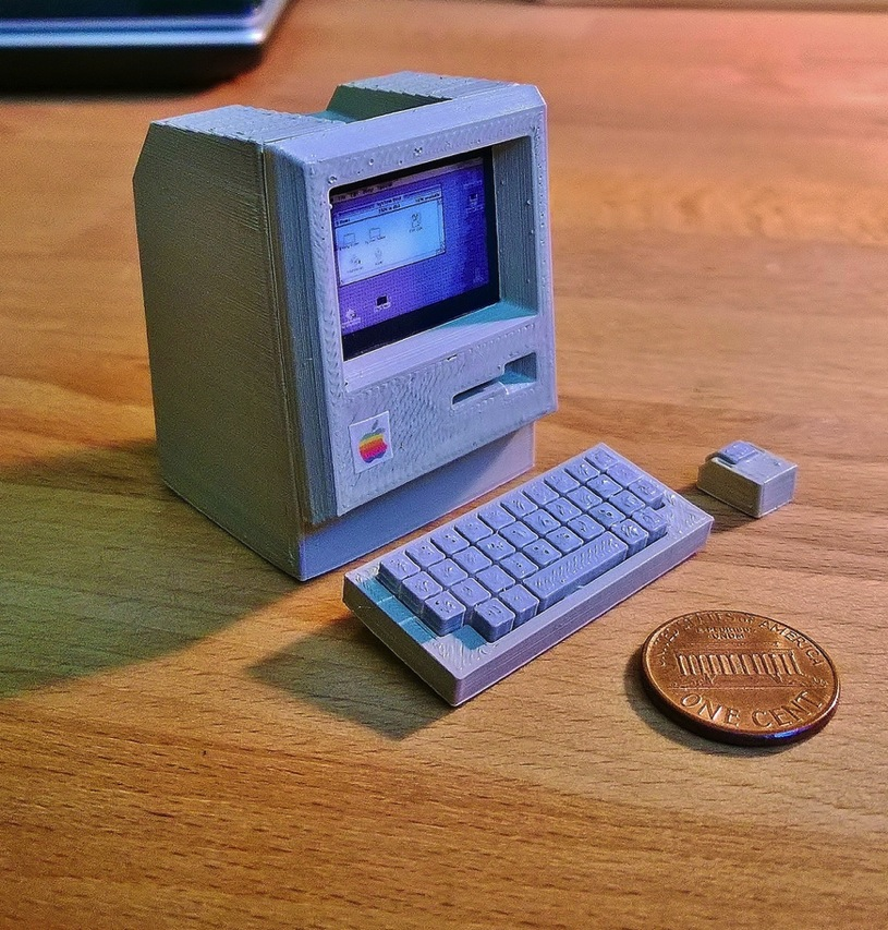 Mini Apple Macintosh by RabbitEngineering Thingiverse