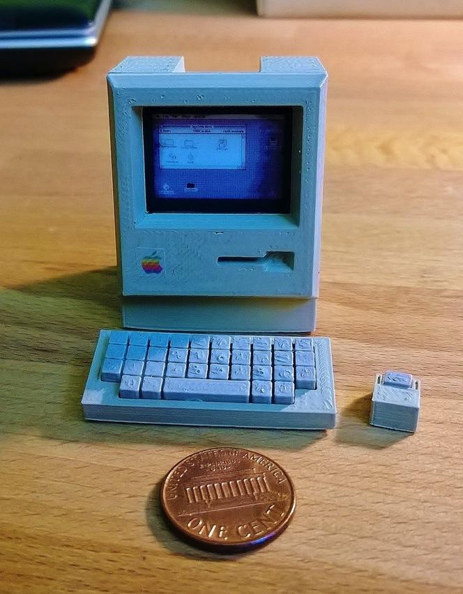 Mini Apple Macintosh by RabbitEngineering Thingiverse