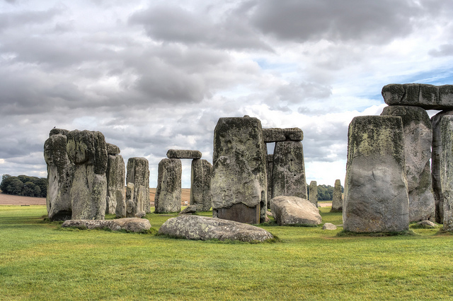 uncovering the purpose of the stonehenge sculptures The famous heads of easter island's statues are actually heads with torsos that   nearly 1,000 statues on the island, determining their symbolic meaning   between the two statues, the diggers also uncovered evidence of the.