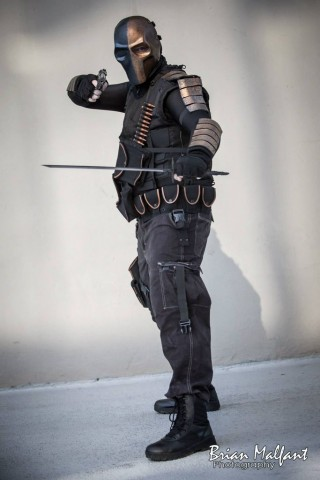 Deathstroke isnu0027t a villain you want to tangle with but you do want to cosplay as. The characteru0027s recent appearance in The CWu0027s Arrow has made him more ... & Intimidating Deathstroke Costume | Internet of Things Wearable ...