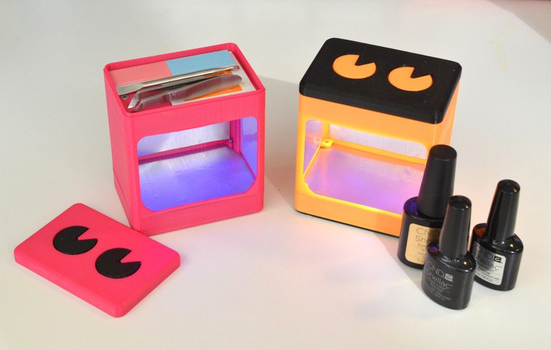 leds_uv-manicure-lamp-both-together