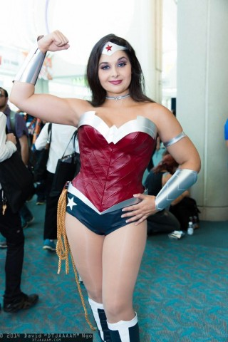 new52 ww costume