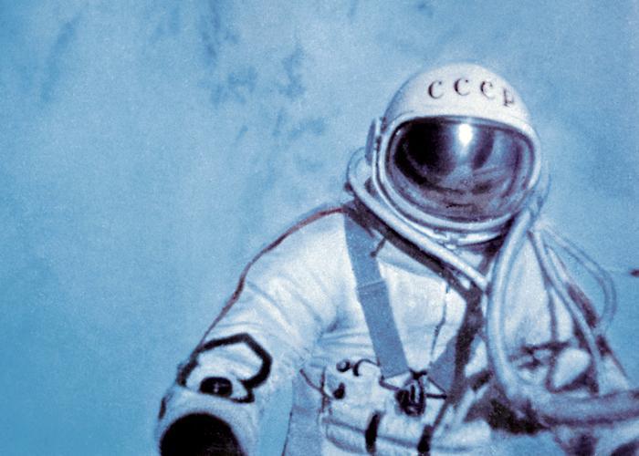 700x500 xxx s6250073 alexei leonov first space walk 1965 spl mr 1 1