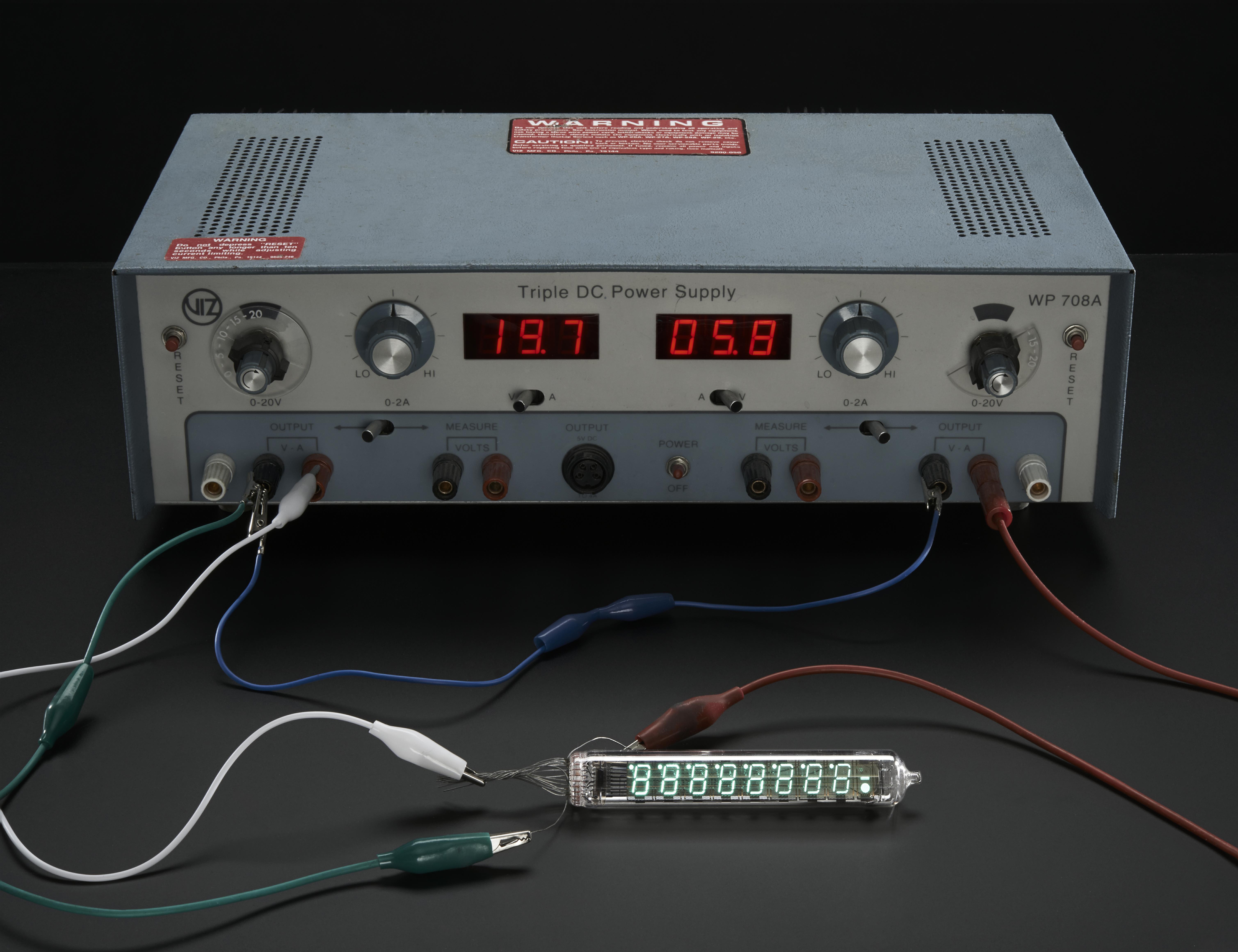 Digital_Clock_Demo_Box_03_ORIG