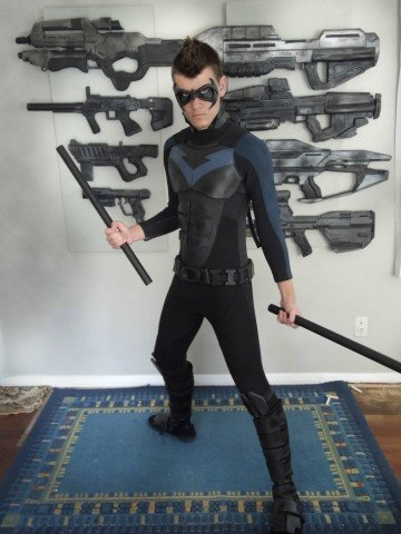 epic_nightwing_cosplay_80__done_by_cpcody-d5qo93c