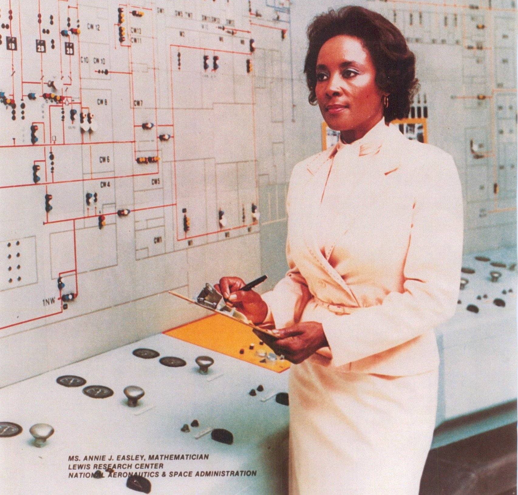 Nasa Science And Engineering Newsletter Annie Easley