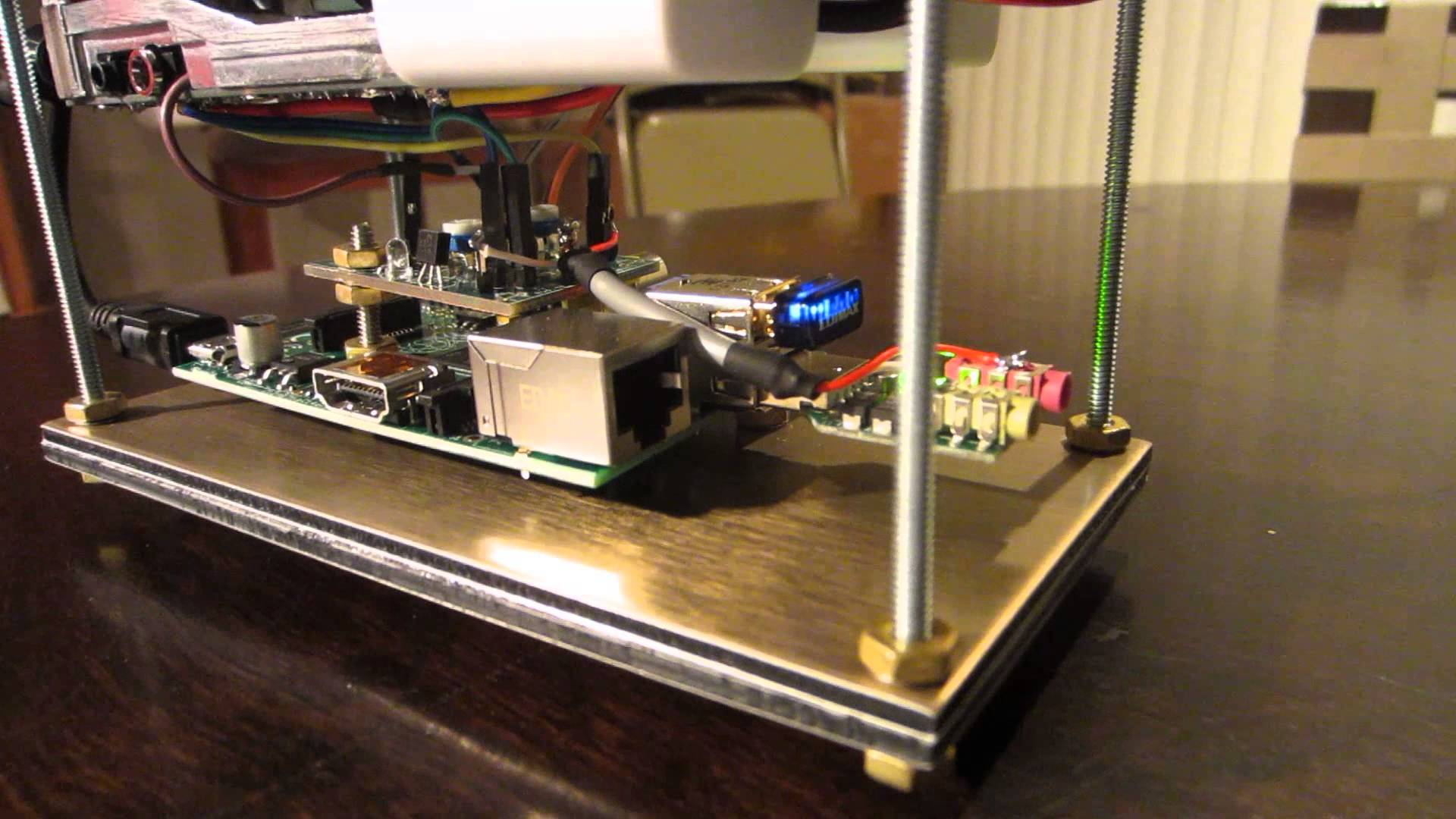 Make an Amateur Radio VOIP (Echolink) with Raspberry Pi #piday