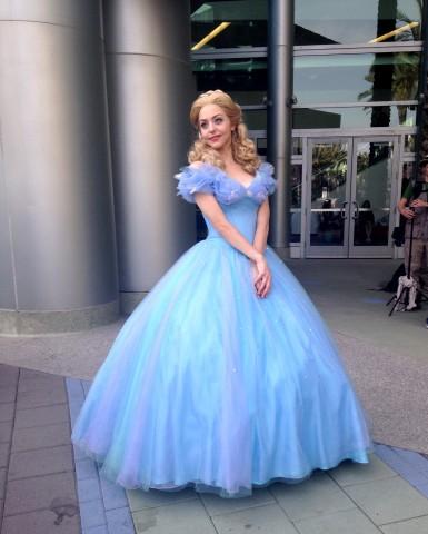 WonderCon-Cosplay-Cinderella-04072015