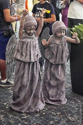 twin kid cosplay 3
