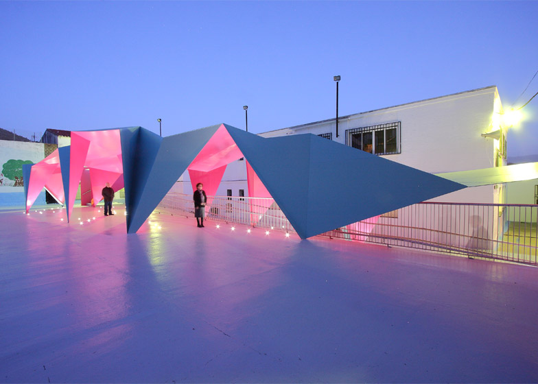 Colourful paper architecture for kids Julio Barreno Gutierrez dezeen 784 10